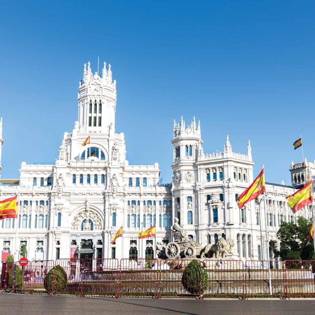 تور اسپانیا - 8 روزه - ویژه 7 فروردین